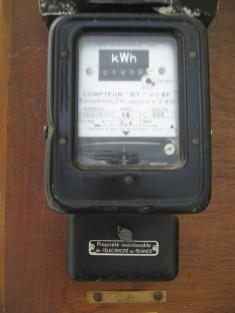 compteur electrique ancien